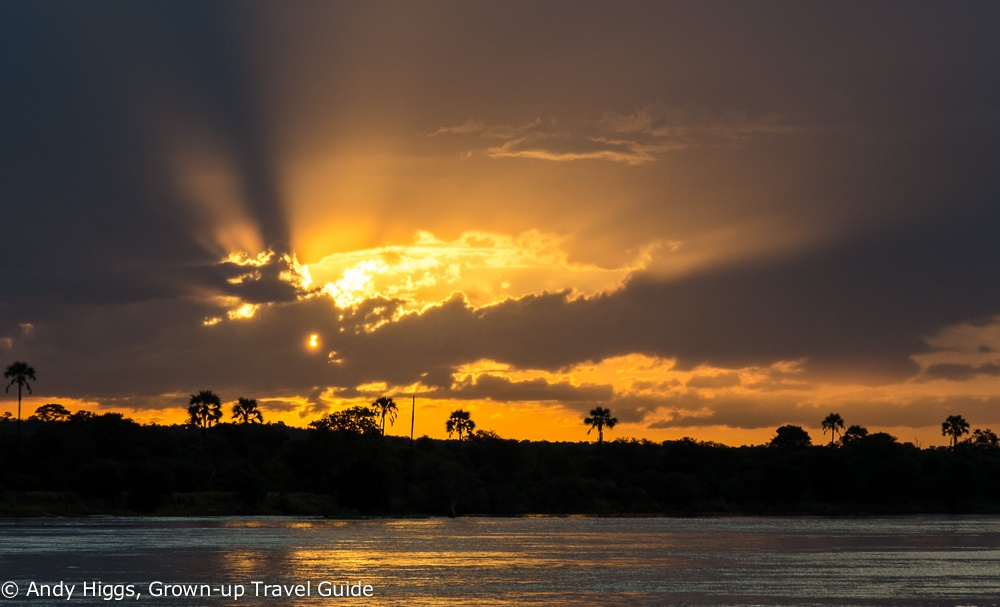 Sundowner cruise sundown