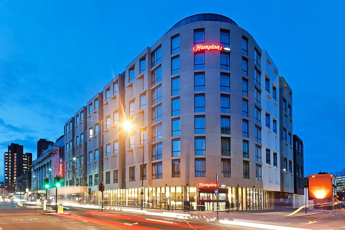 Hotels Near O London With Parking